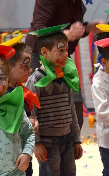 Circusdag: bij jou op de basisschool met voorstelling