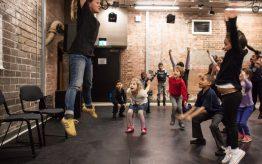 Lesvervanging workshop basischool Theaterproeverij